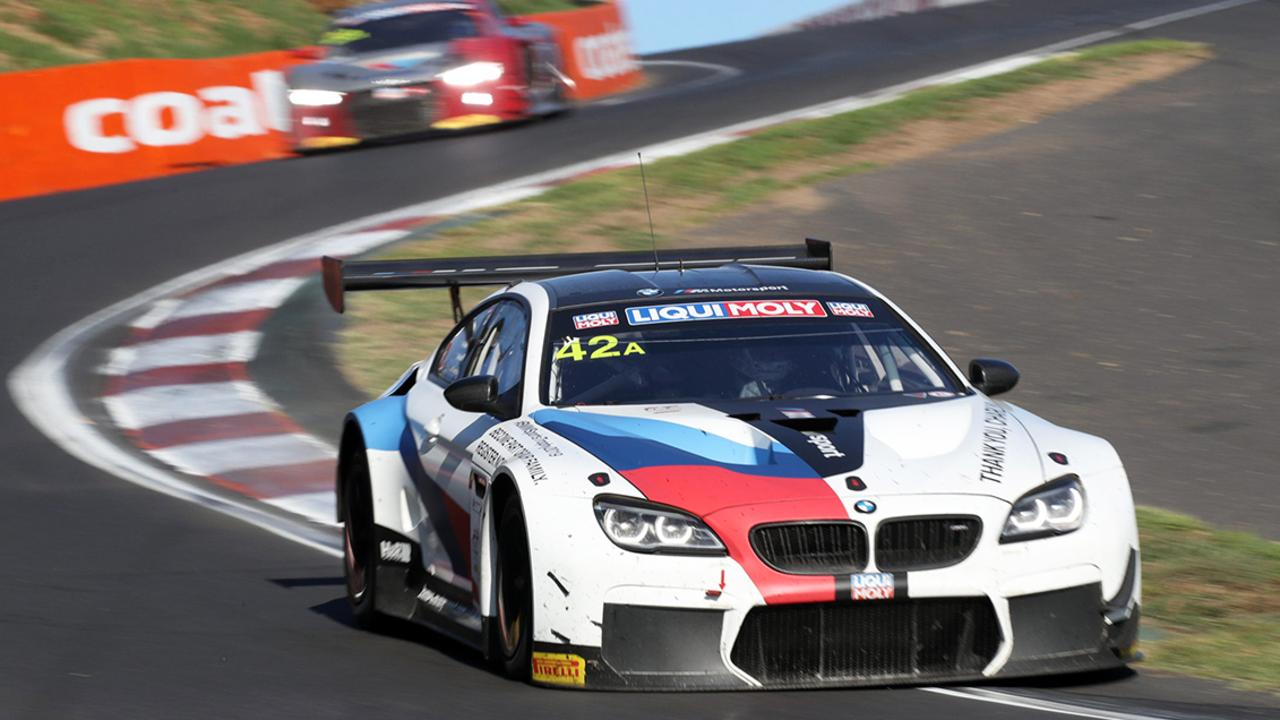 Bathurst 12 Hour 2019 Bmw Leads At Halfway Stage Chaz Mostert