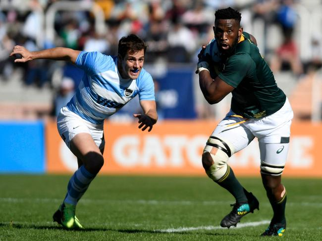 Argentina's Los Pumas Gonzalo Bertranou (L) will play scrum-half against Australia on Saturday night. Picture: AFP