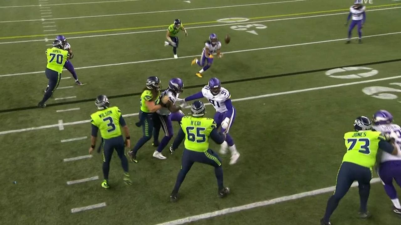 Russell Wilson's pass picked off for TD