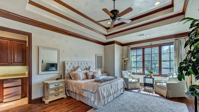4649 Saint Laurent Court Fort Worth, Texas, 76126 United States. Supplied by Christie's International Real Estate.