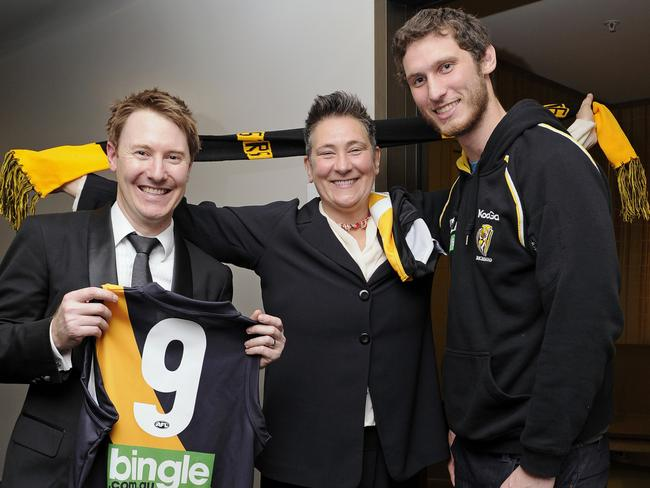 Conductor Ben Northey (nephew of John Northey), k.d. lang and Ty Vickery. Try and name a more iconic trio. We'll wait.