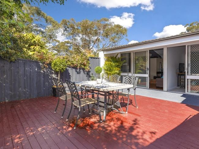 8/47 Woodvale Ave, North Epping, sold for $512,000.
