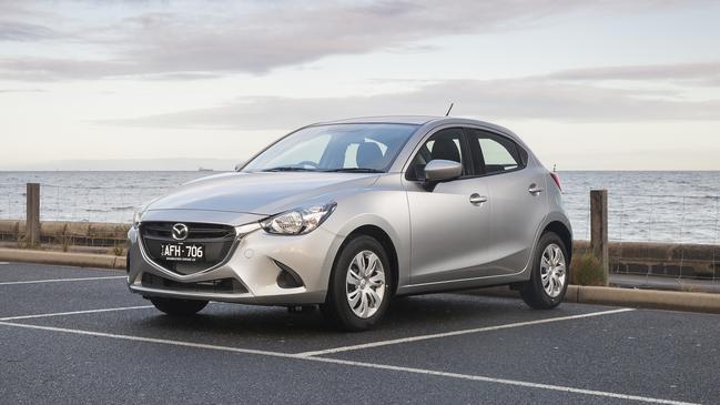 2016 Mazda2 Neo hatch