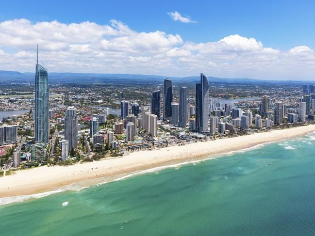 Visitors to the Gold Coast will have mobile phones and credit card spending tracked if a plan by the local council goes ahead.