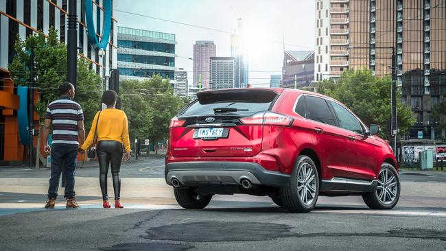 Our testers believe a lack of a third row of seats will turn off a lot of buyers in the market for a large SUV.