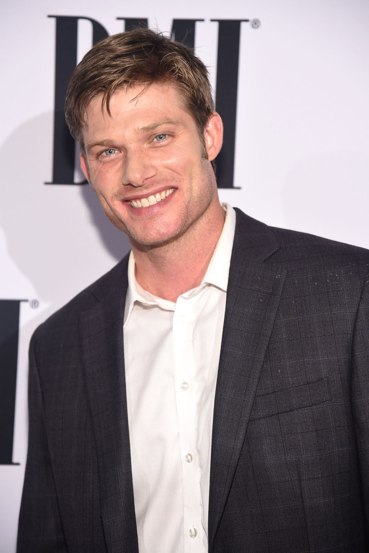 Greys Anatomy Has Cast The Ocs Chris Carmack For Season 15