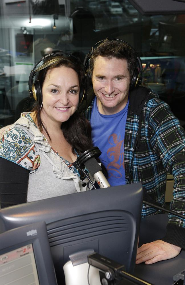 Kate Langbroek and Dave Hughes hosting their Melbourne breakfast show in 2001.