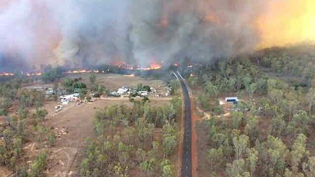 Bushfires at Tingha Plateau Fire south of Inverell. Picture: Twitter/@robrfs