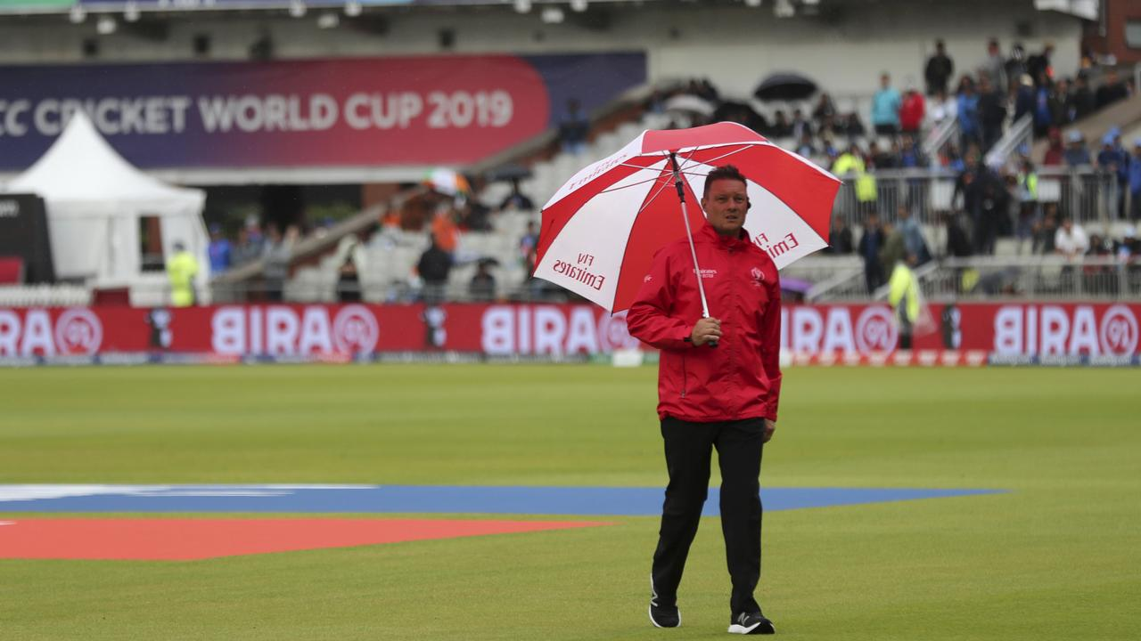 Wet weather threatens to play a part in the semi final.