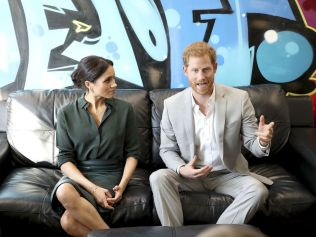 PEACEHAVEN, UNITED KINGDOM - OCTOBER 03: Meghan, Duchess of Sussex and Prince Harry, Duke of Sussex make an official visit to the Joff Youth Centre in Peacehaven, Sussex on October 3, 2018 in Peacehaven, United Kingdom. The Duke and Duchess married on May 19th 2018 in Windsor and were conferred The Duke & Duchess of Sussex by The Queen. (Photo by Chris Jackson/Getty Images)