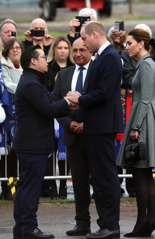 William clasped the hand of Vichai Srivaddhanaprabha's son, Aiyawatt. Picture: Getty Images