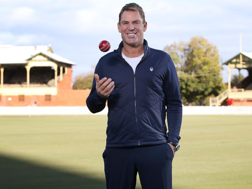 Shane Warne will provide his unique insights – and hair-growth banter – for FOX Sports.