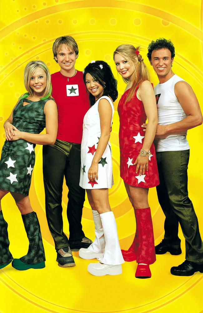 December, 2001: Hi-5 childrens music group members Kellie Hoggart with Tim Harding, Kathleen de Leon, Charli Robinson and Nathan Foley