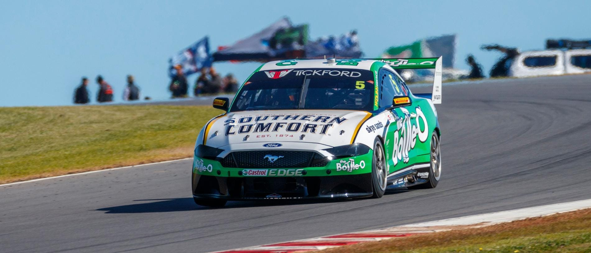 Lee Holdsworth will steer the No.5 in 2020 - but with a new sponsor.