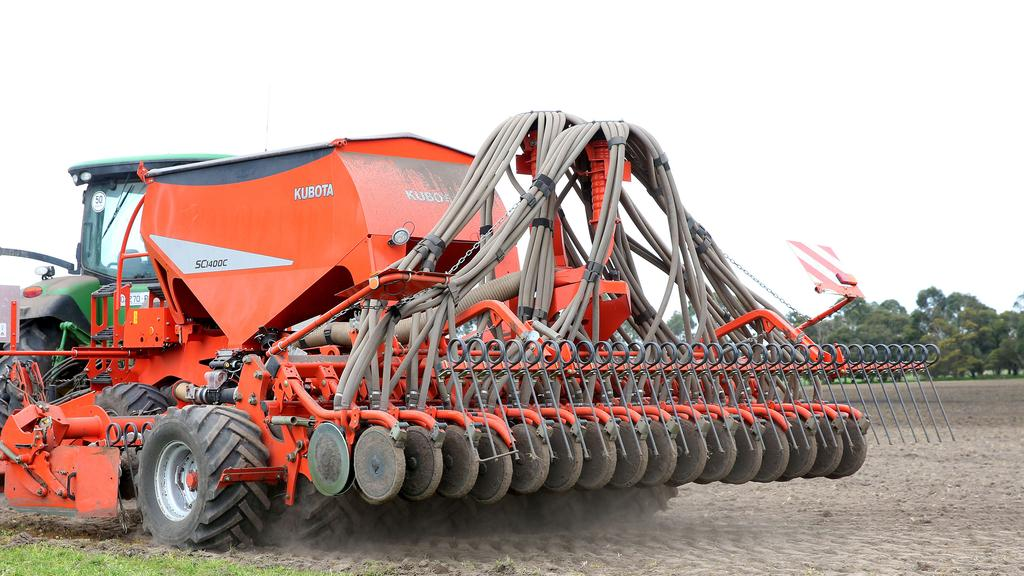 Kubota SC Seeding Combination improves pasture | The Weekly