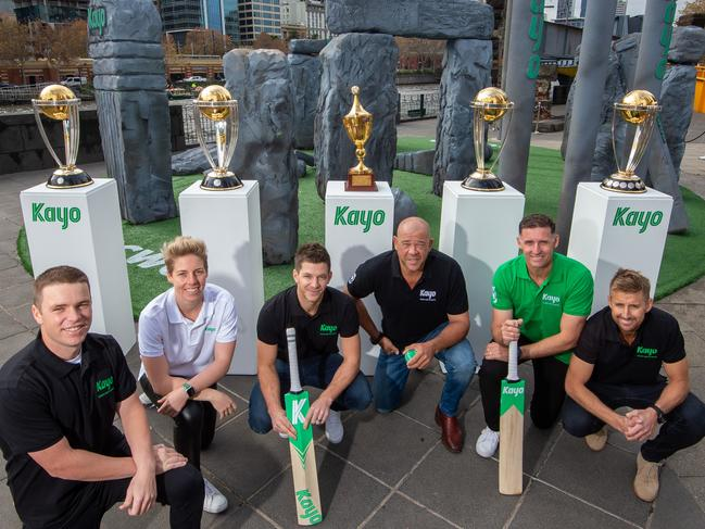 Marcus Harris, Elyse Villani, Tim Paine, Andrew Symonds, Michael Hussey and Mark Howard.