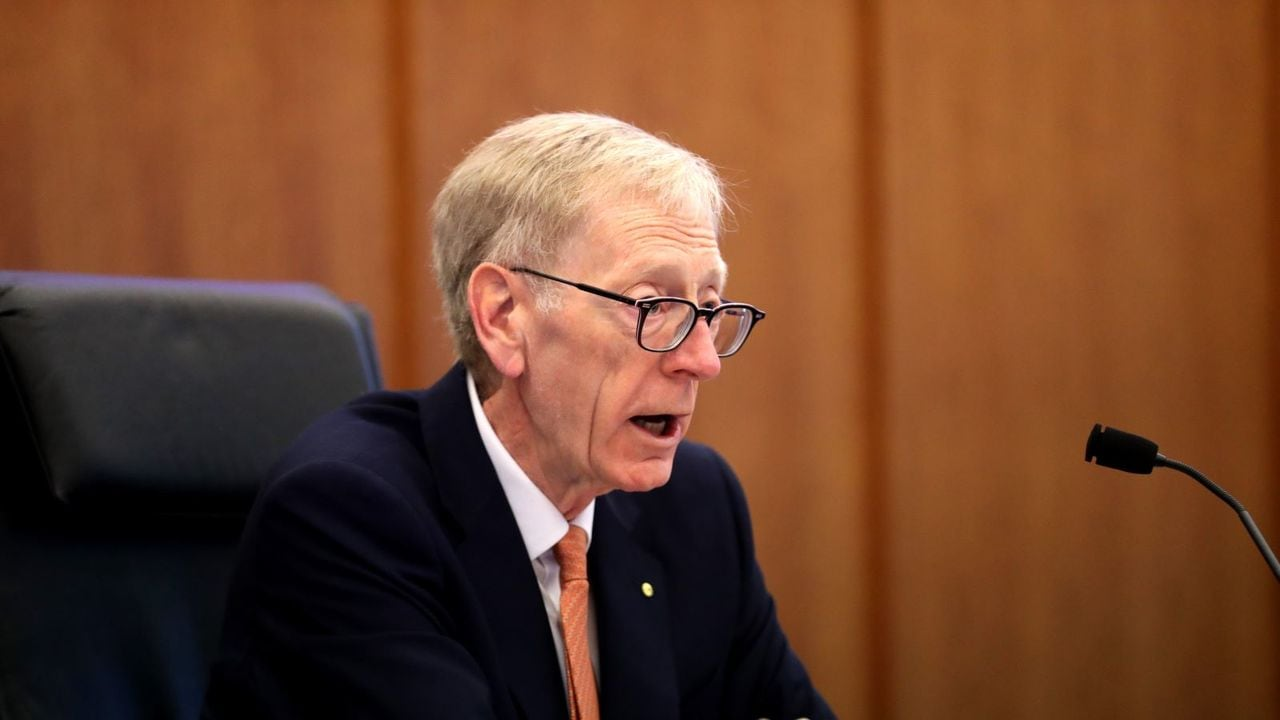 Banking royal commission makes 76 recommendations for reform