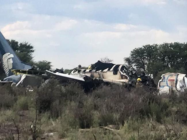 All 97 passengers and four crew survived the crash.