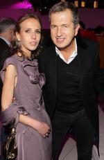 Allegra Versace Beck and photographer Mario Testino in 2009. Picture: Venturelli/WireImage