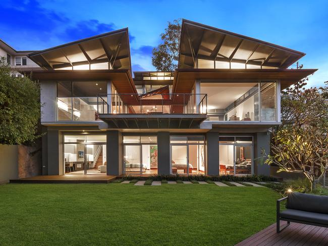 This striking Clifton Gardens home is set to give the 2015 Mosman suburb record a run for its money.