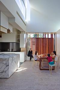 The best residential architecture in brisbane vogue australia houses alterations and additions point lookout beach shack by marc co architects malvernweather Image collections