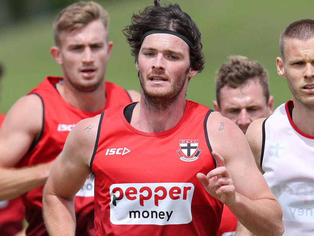 St Kilda Training & Brad Hill