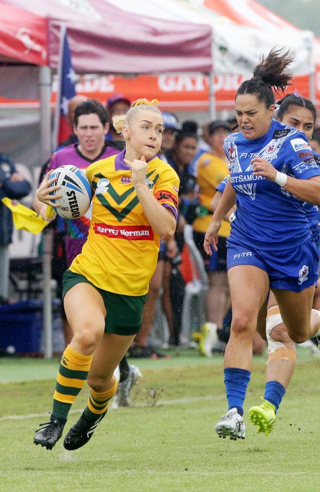 Horne streaks away against the Samoan women