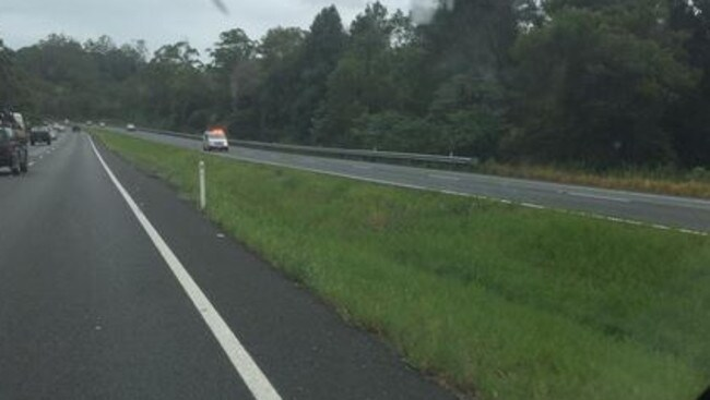 Police chase Bruce Hwy Palmview: Police, choppers tracking