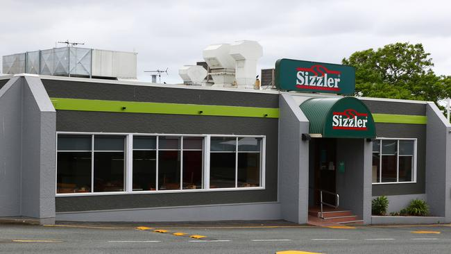 Australia's only Taco Bell sits on the site of this Sizzler, in Annerley, Brisbane. Both Sizzler and Taco Bell are managed in Australia by the same company.