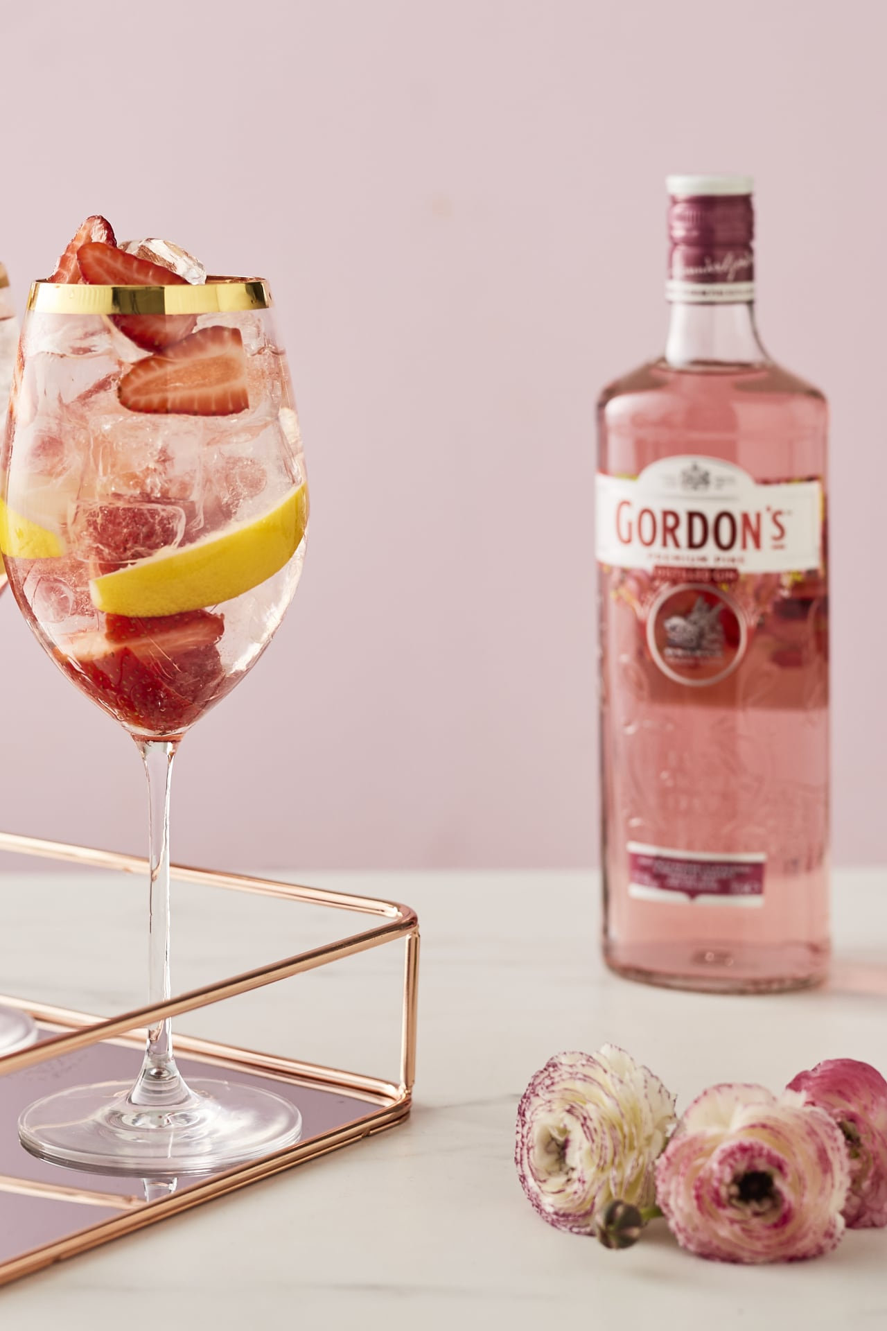 The prettiest cocktail to serve your guests this party season