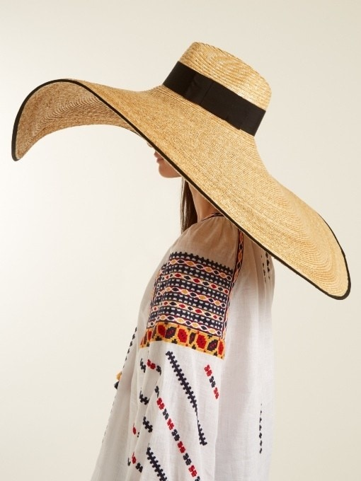 12 hats every cool-girl is shopping this season