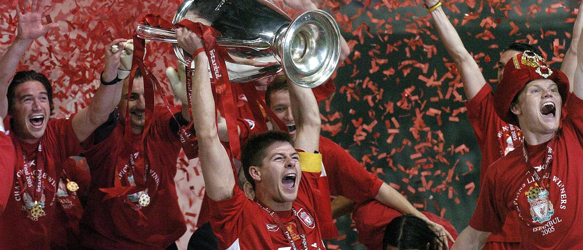 MAY 25, 2005 : Liverpool captain Steven Gerrard lifts the UEFA Champions League trophy at the Ataturk Olympic Stadium in Istanbul following defeat of AC Milan in final 25/05/05. Soccer