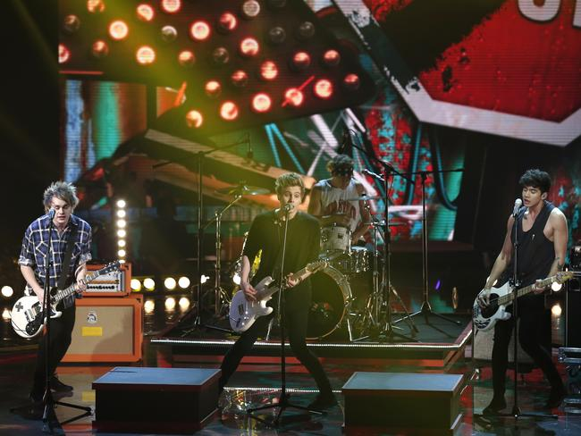 The band performs during Italian TV show  <i>The Voice of Italy,</i>