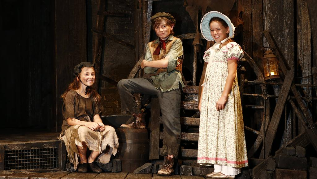 Les Miserables cast has some little stage heroes with stars