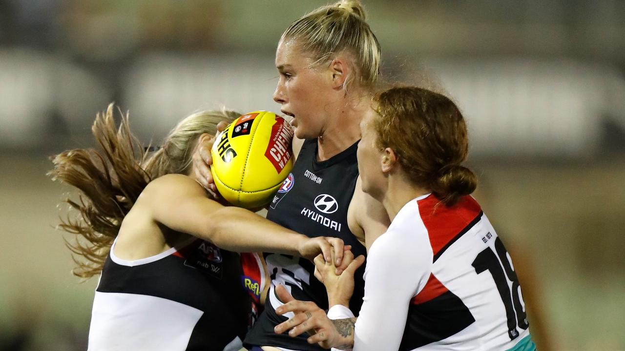Tayla Harris's Carlton will emerge from Conference B to play finals.