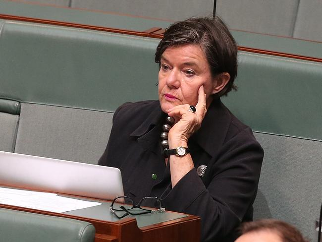 Independent cross bencher Cathy McGowan has said Liberal gender balance targets aren't working.