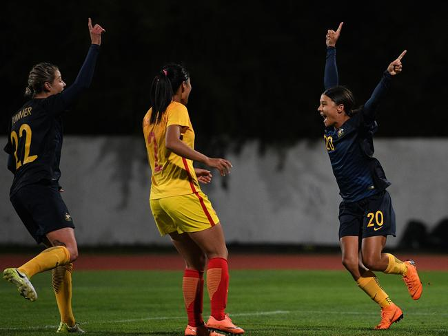 Sam Kerr celebrates. (Photo by Octavio Passos/Getty Images)