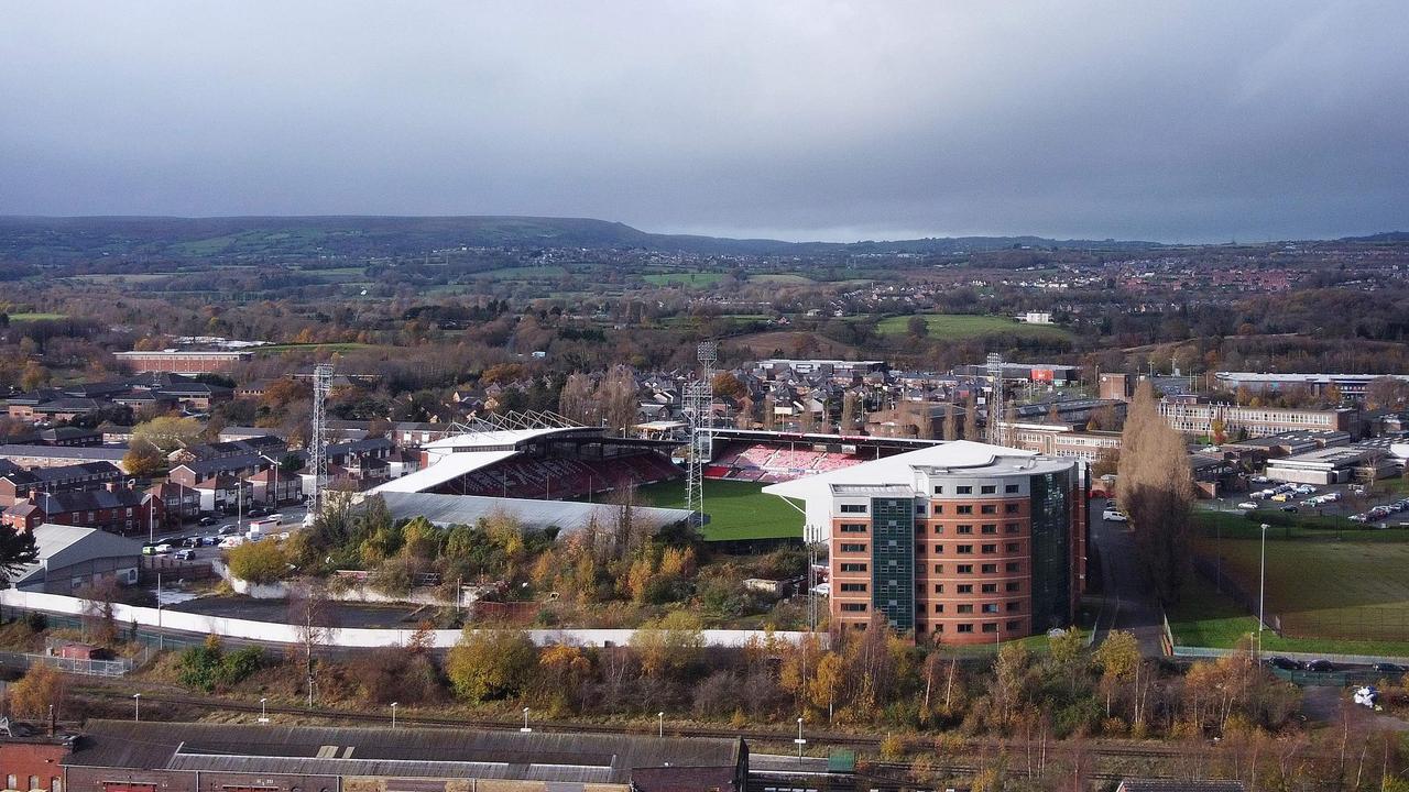 L'hippodrome est l'endroit où Wrexham joue ses matchs à domicile.