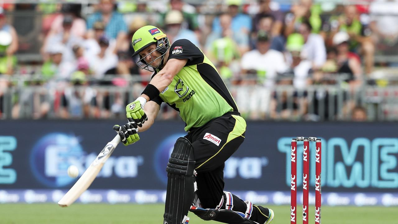 Shane Watson attempts to clear the boundary. Photo: David Neilson/AAP Image.