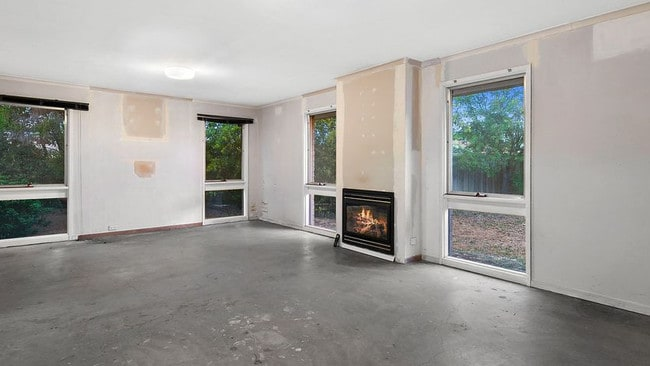 14 Fryers Rd, Highton was in the midst of a renovation.