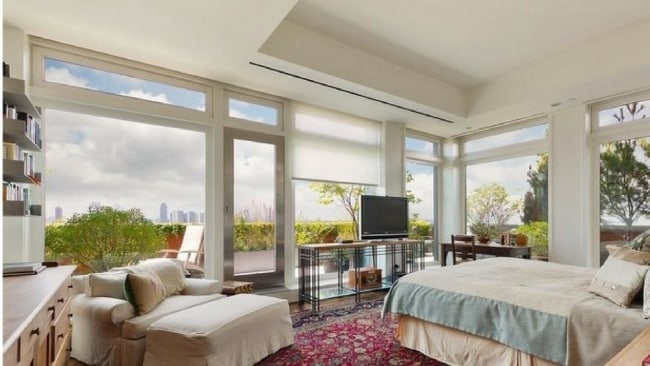 It's nice to imagine waking up in this bedroom. Photo: Douglas Elliman/StreetEasy