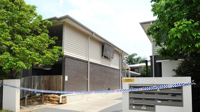The body found was found in a bin at this Yeronga unit block in Brisbane. Picture: AAP image, John Gass.