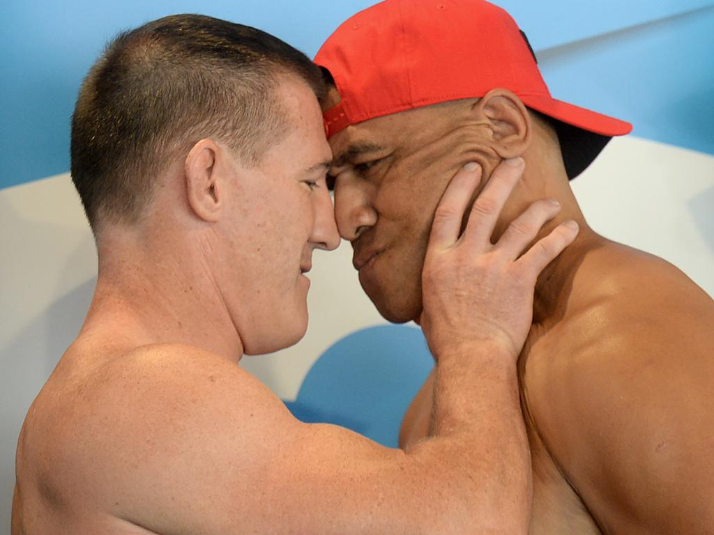 Paul Gallen and John Hopoate weigh in on the scales as a preview for the upcoming fight at the Star of the Ring charity fight night in Sydney, Thursday, February 7, 2019. (AAP Image/Jeremy Piper) NO ARCHIVING