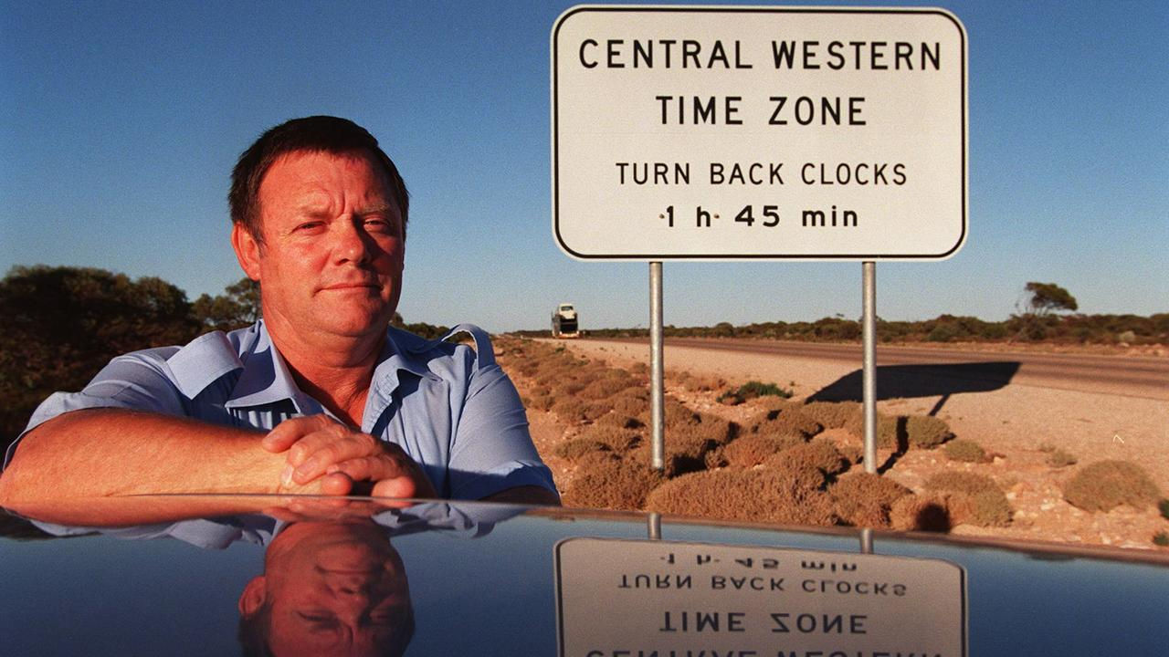 Brian Pike at one of the signs advising drivers that they are entering the Central Western Time zone from the eastern direction. In the summer, the time changes are even more confusing for travellers, as when SA (but not WA) has daylight saving, the difference between the rest of SA and this unofficial time zone is 1 hour and 45 minutes.