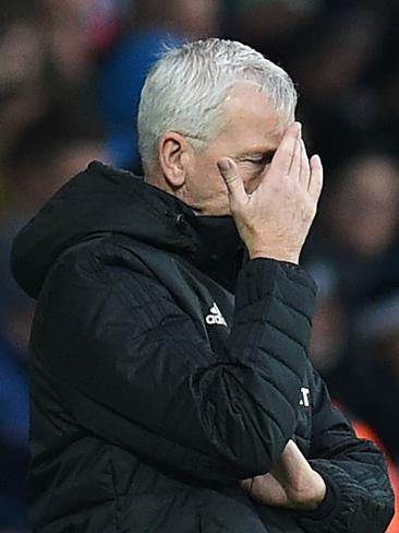 If my team were as bad as Alan Pardew's have been in their last 20 games I'd hide too