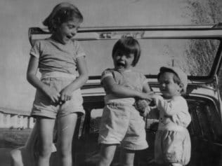 (L-r) Jane, Arnna and Grant Beaumont. Filed Aug 1966. Supplied family album style pic of The Beaumont children, Jane, 9, Arnna, 7, and Grant, 4, who disappeared from Glenelg, SA, on 26 Jan 1966. (Copyright unknown)