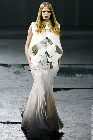 Givenchy Haute Couture Spring/Summer 2007