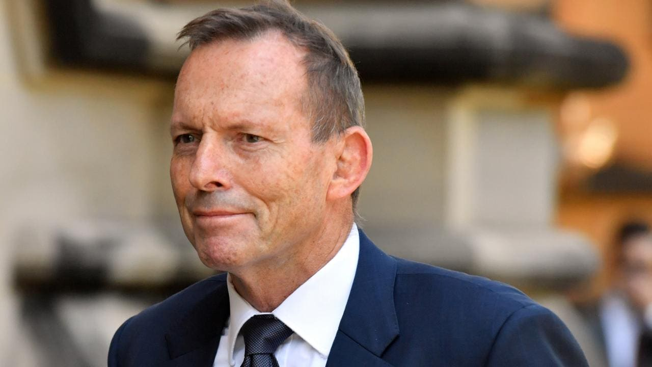 Tony Abbott at Church Point: Ex-PM questioned over possible northern beaches COVID-19 lockdown breach – NEWS.com.au