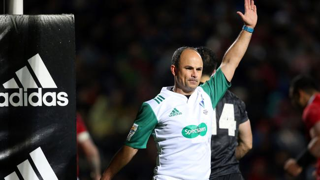 Referee Jaco Peyper will control the Super Rugby final.