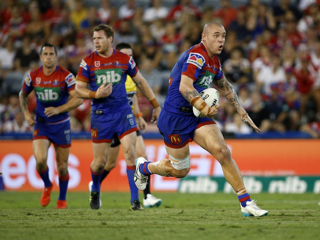 David Klemmer of the Knights makes a run during the Round 4 NRL match between the Newcastle Knights and St George Illawarra Dragons at McDonald Jones Stadium in Newcastle, Sunday, April 7, 2019. (AAP Image/Darren Pateman) NO ARCHIVING, EDITORIAL USE ONLY